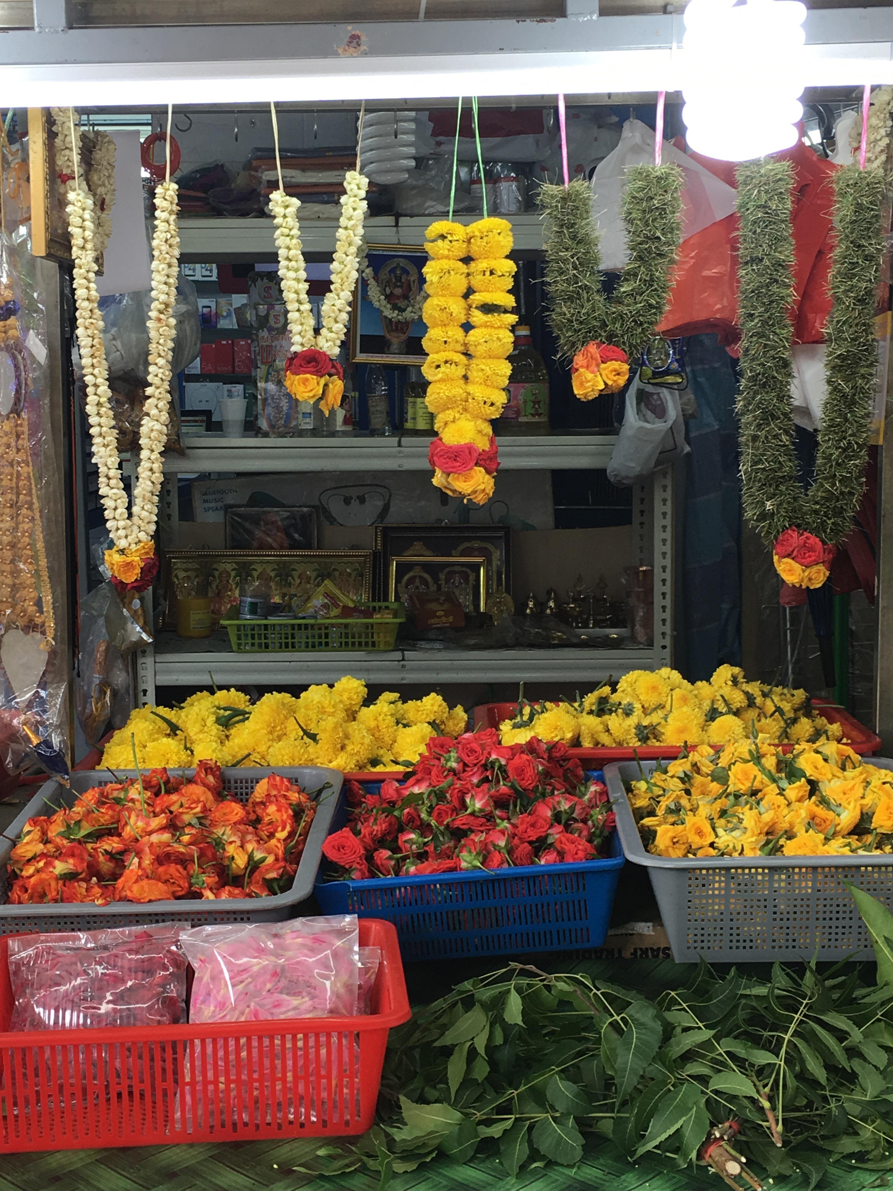 Singapur indische Blumenkränze